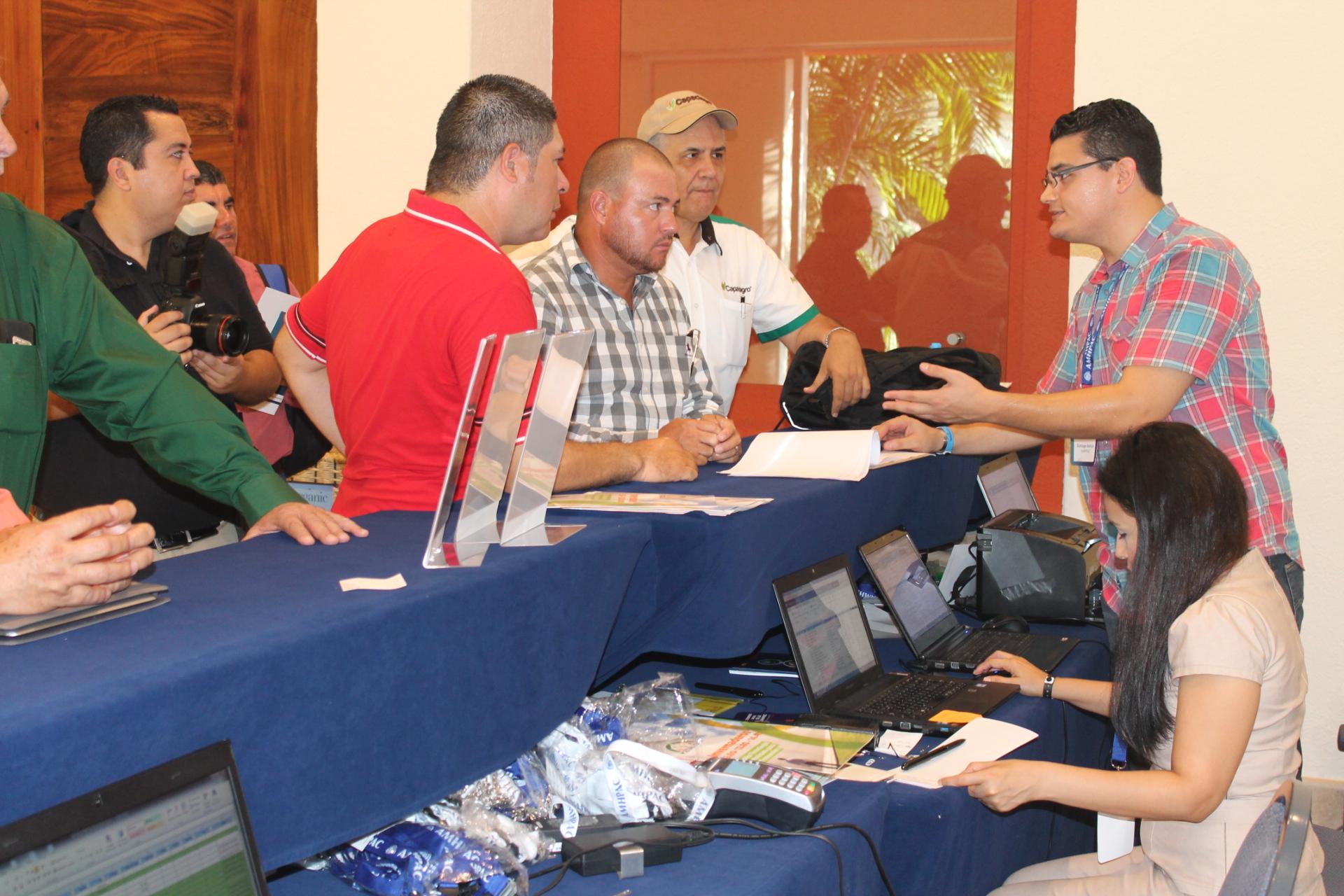 8vo Congreso AMHPAC reune cerca de 400 personas