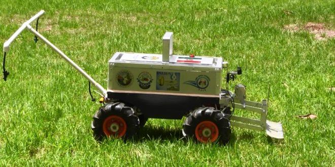 Presentan robot agrícola de Chapingo con cuatro aplicaciones tecnológicas